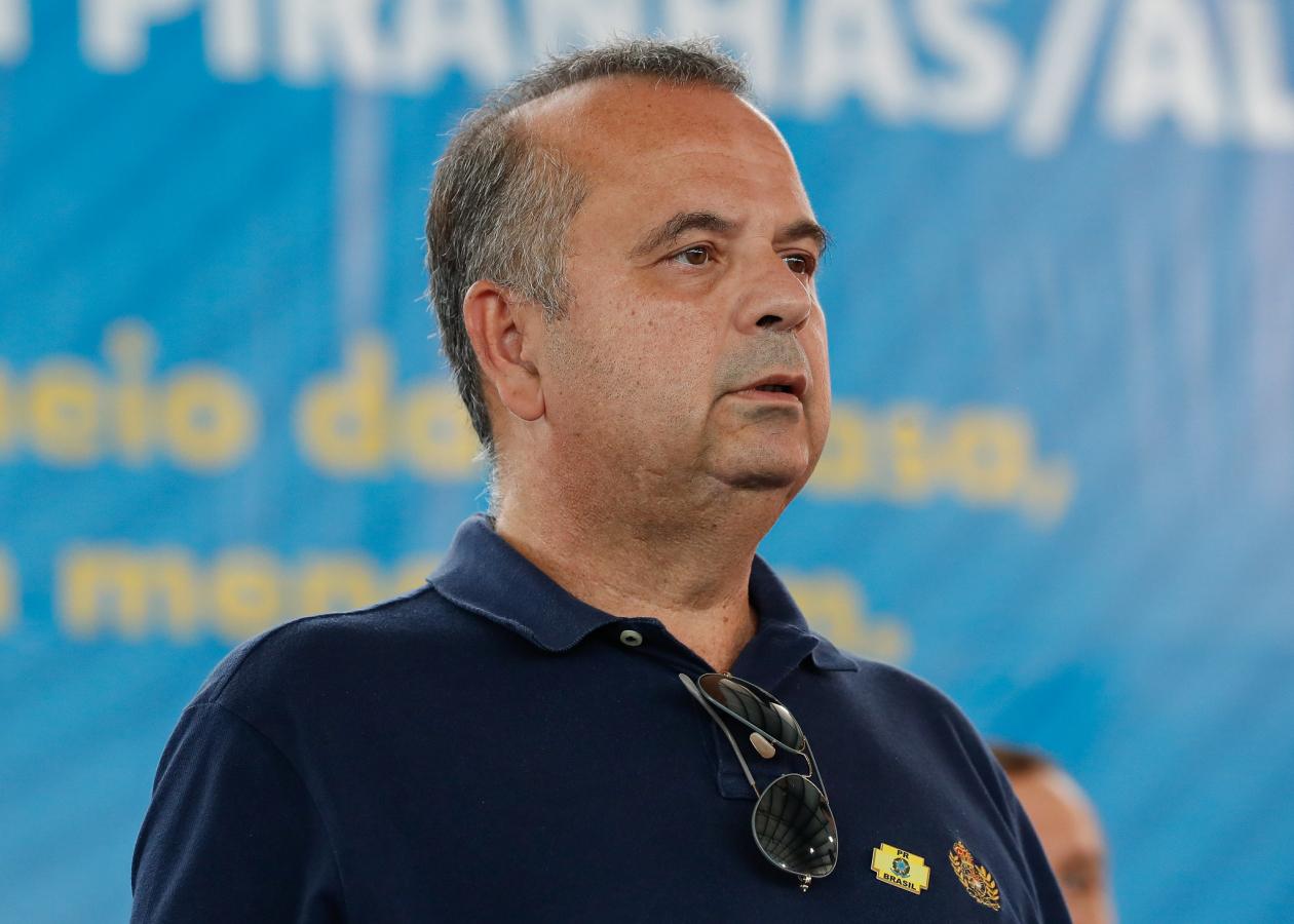 Ministro Rogério Marinho recebe alta após cirurgia