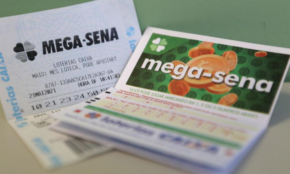 Mega-Sena deve pagar neste sábado prêmio de R$ 10,5 milhões