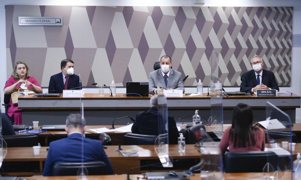 CPI conclui depoimentos e marca para amanhã leitura de relatório